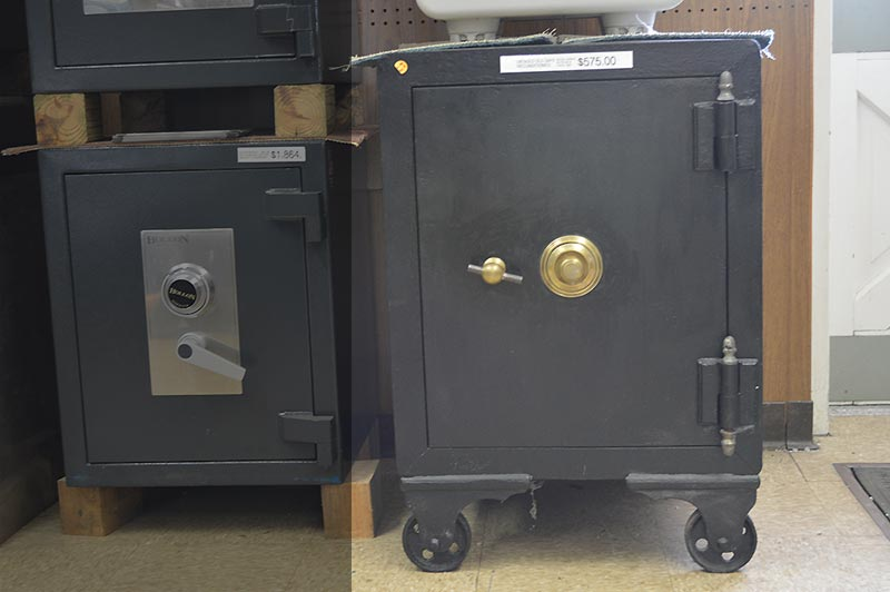 Antique Diebold Safes – HD Wallpapers